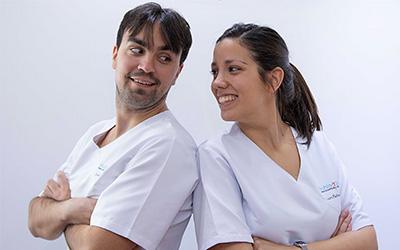 Imagen de los fundadores de la clínica Habla y Sonríe